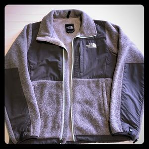 Grey north face fleece with mint accents